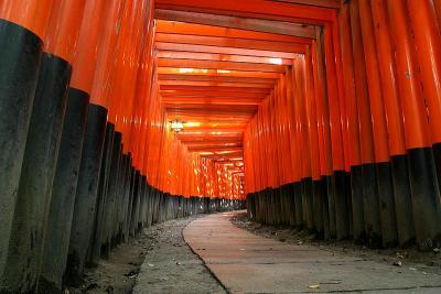 Fushimi inari - Photo by Paul Vlaar